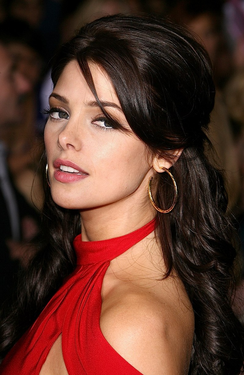 ashley greene new moon premiere 2.jpg